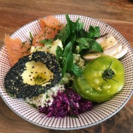 Smoked salmon, avocado with sesame, pesto, green tomato, spinach, cabbage and mushrooms
